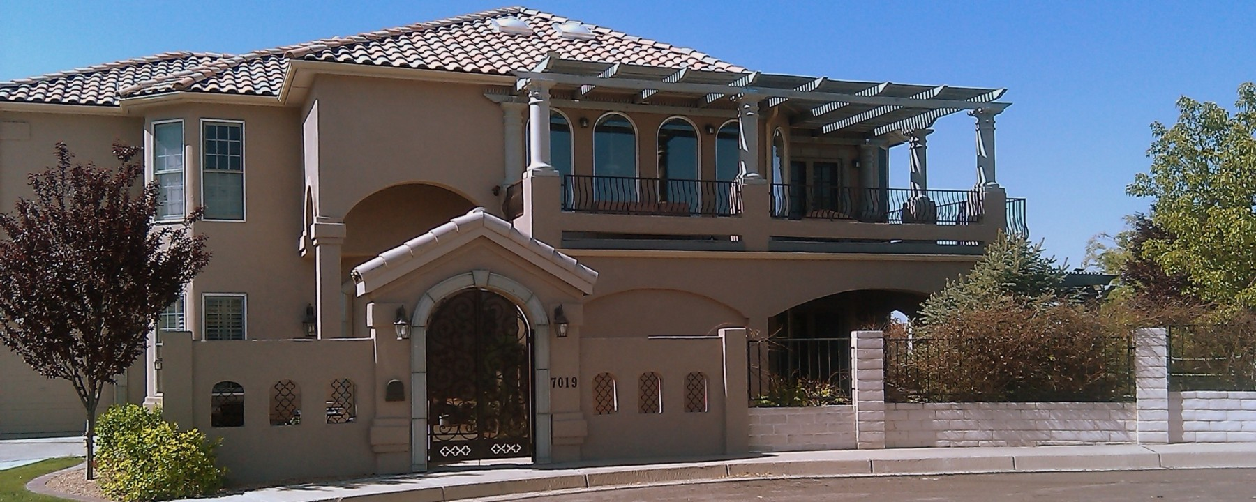 Mesa Precast | Home Exterior Decor, Hardscape Design using Architectural Precast, Architectural GFRC