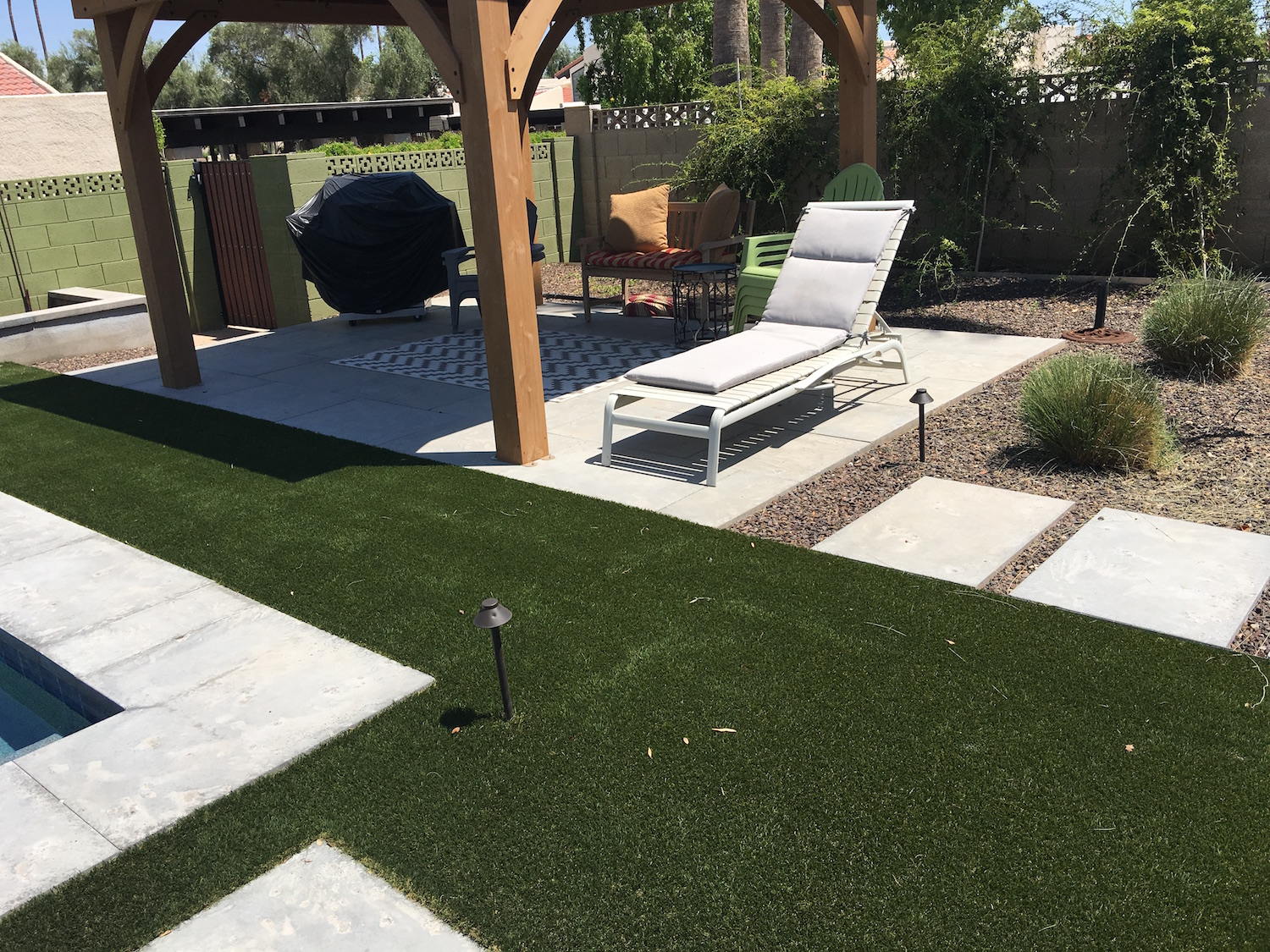 Mesa Precast | Pavers, Pool coping | Unified Landscape Design Accent