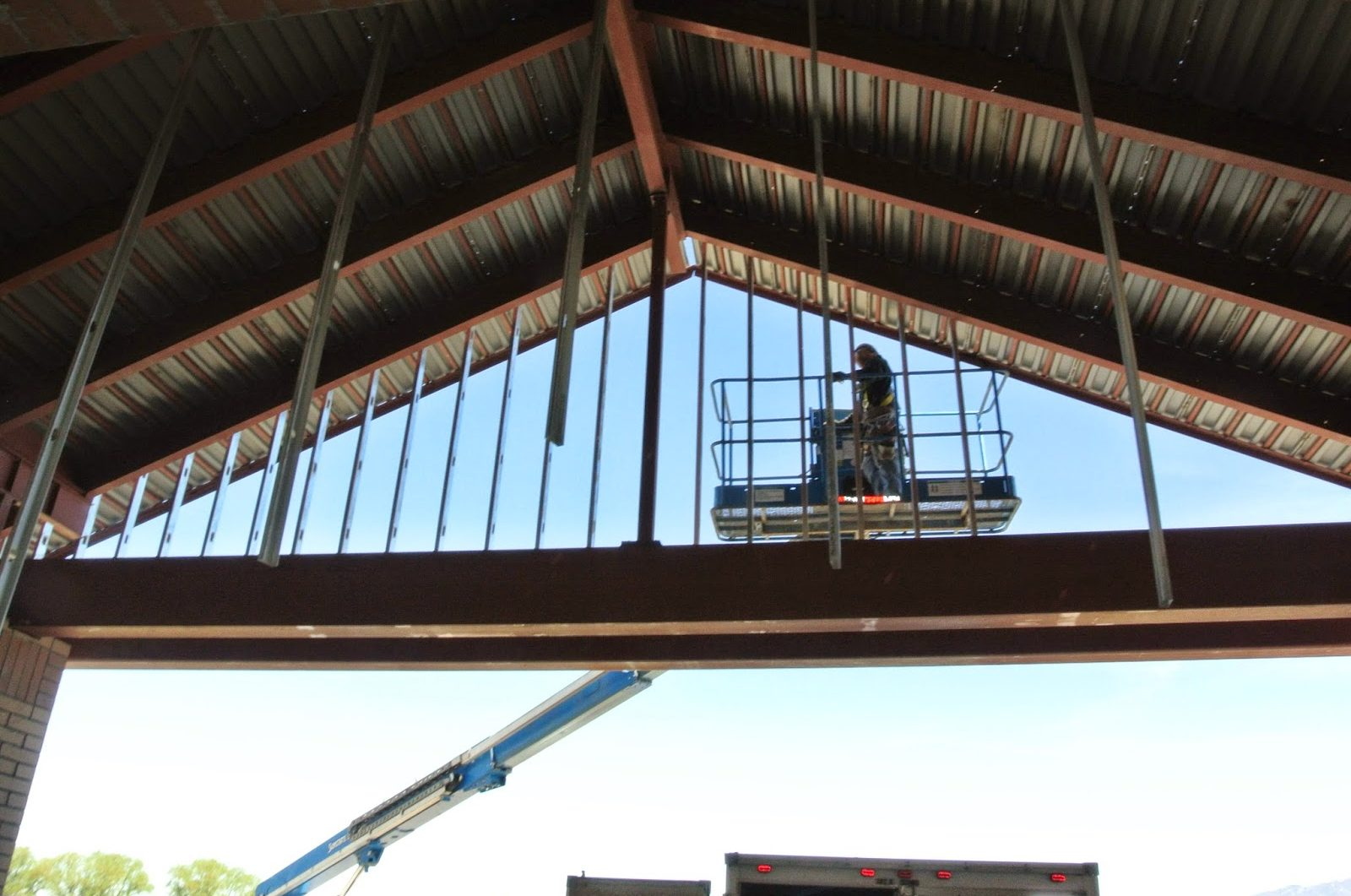 Light Weight GFRC Panels Need Much Simpler Construction Support
