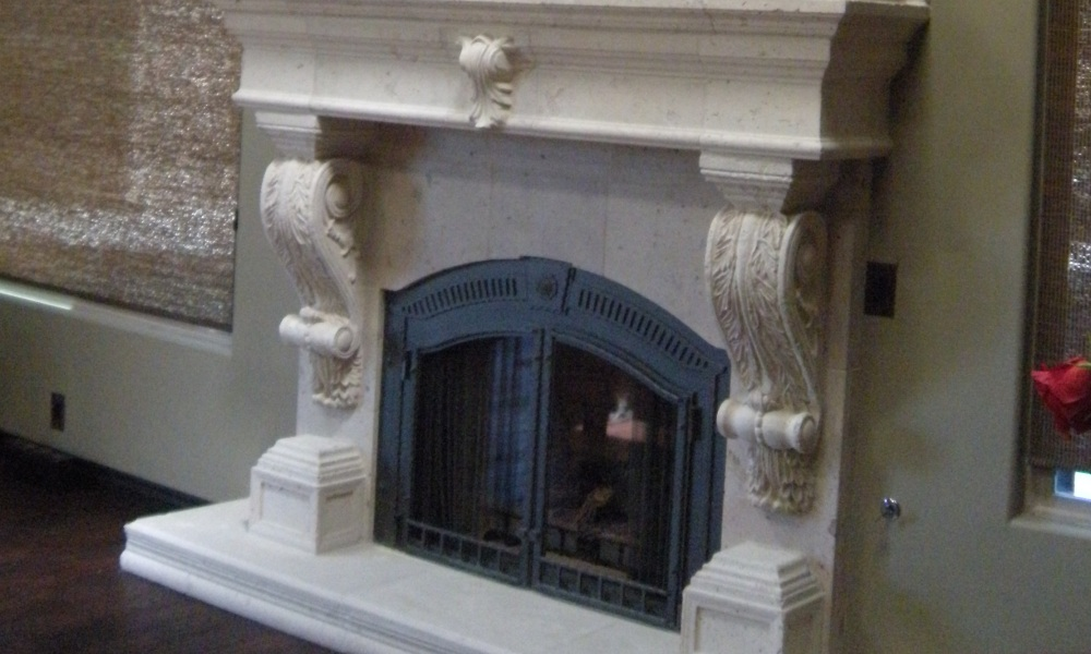 Project: Anthony Kelly | Fireplace with Integrated Wall Design | Mesa Precast Products: Graziella Corbel - M3212 Architectural Trim - Modular Column