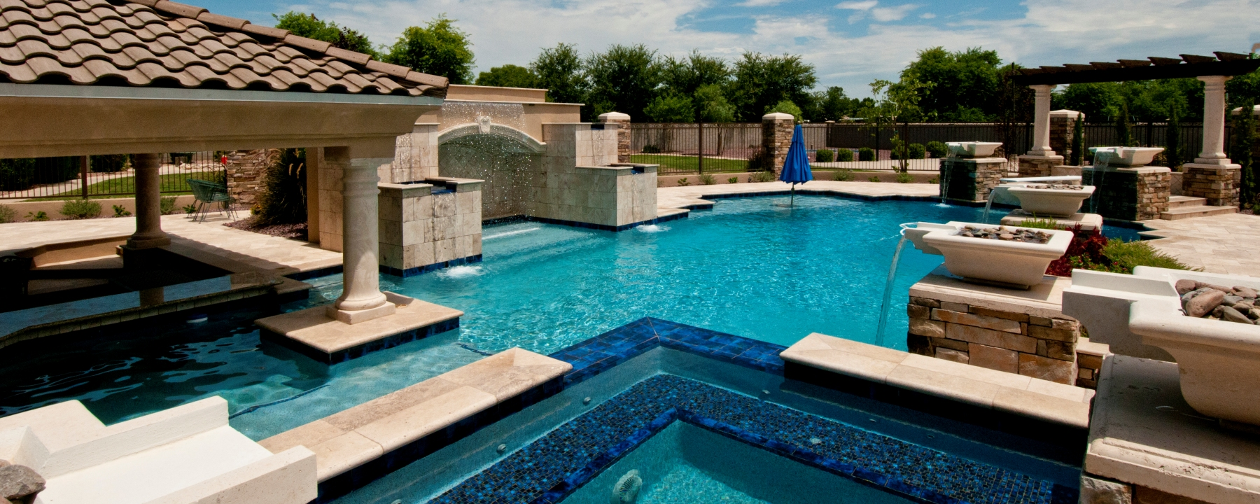 Mesa Precast Products for Hardscape, Landscaping - Wall Caps, Pool Coping, Columns, Planters, Architectural Trim, Fountain